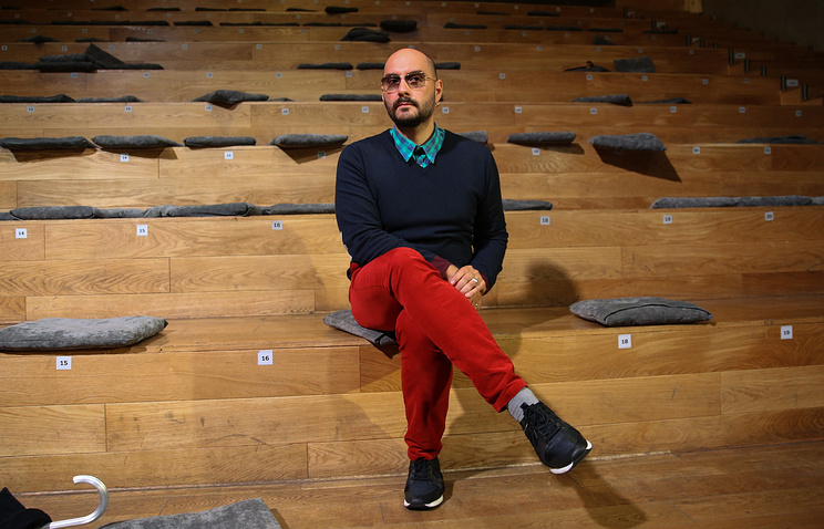 «Гоголь-центр» позвал зрителей насуд помере пресечения Серебренникову