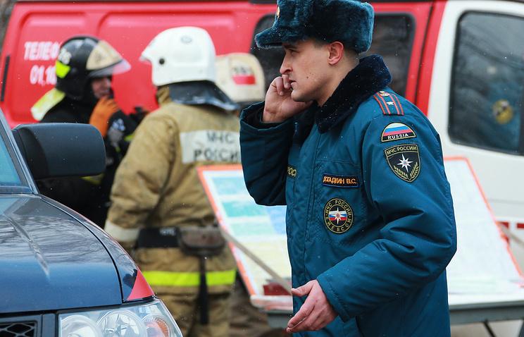 ВТюменской области при провале грунта натерритории школы умер парень