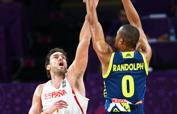 Словения разгромила Испанию ивышла вфинал— Сенсация баскетбольного Евро