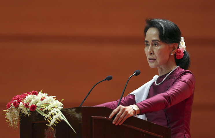 Аун Сан СуЧжи осудила нарушения прав человека вМьянме