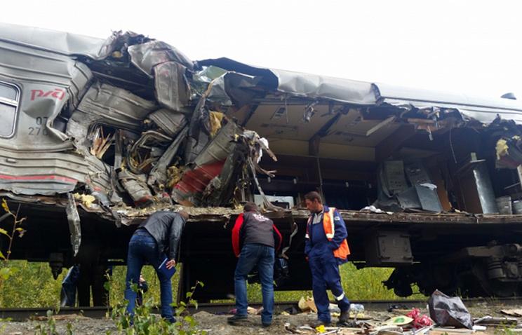 ВЮгре предъявили обвинение шоферу грузового автомобиля, который въехал впоезд