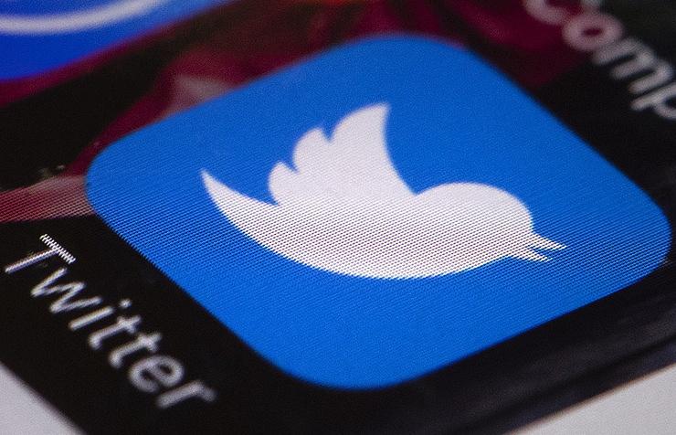 Социальная сеть Twitter помечает политическую рекламу особыми отметками