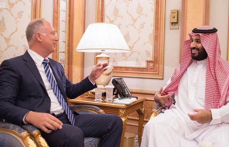Генеральный директор РФПИ Кирилл Дмитриев и наследный принц Саудовской Аравии Мухаммед бен Сальман