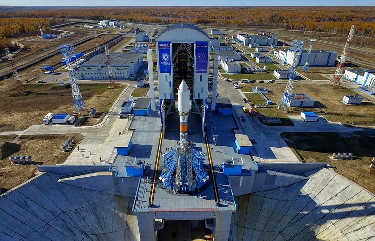 """Ракета-носитель """"Союз-2"""" на космодроме Восточный"""