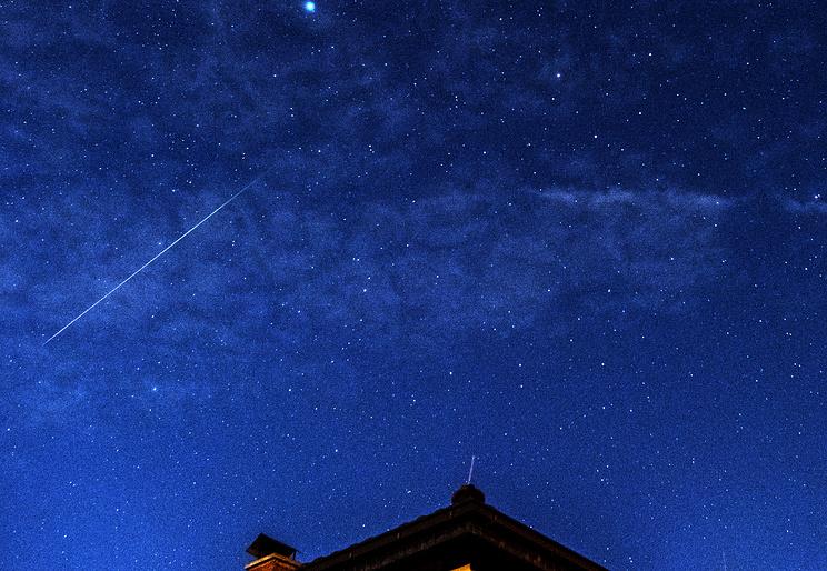 Граждане Лапландии наблюдали внебе падение метеорита