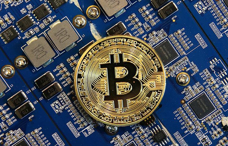 Мировой курс биткойна составляет неменее 17 тыс. долларов