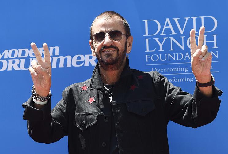 Экс-барабанщика Ринго Старра изThe Beatles удостоли рыцарского звания