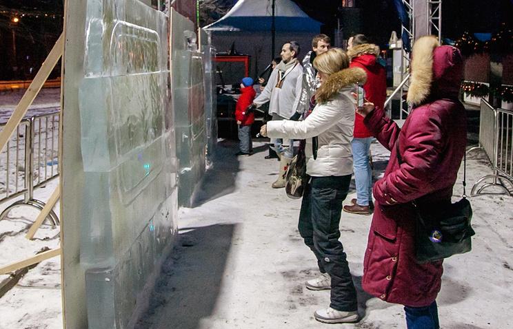 Световые картины наледяных холстах смогут нарисовать москвичи в«Сокольниках»