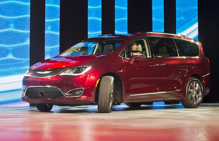 Fiat Chrysler отзывает около 162 тыс. автомобилей