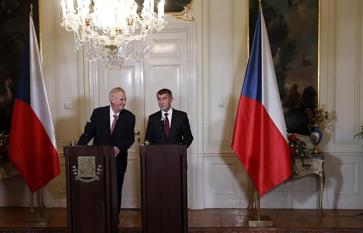 Президент Чехии Милош Земан и премьер-министр Андрей Бабиш