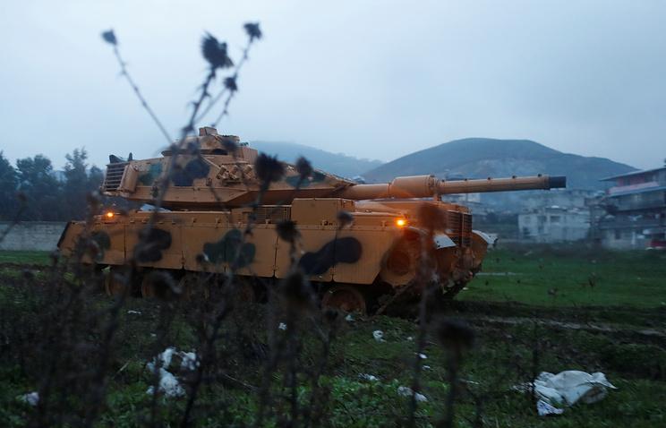 Турецкие военные ударили потеррористам вАфрине