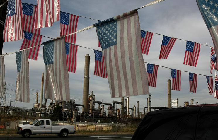 Нефтеперерабатывающий завод Shell в Калифорнии