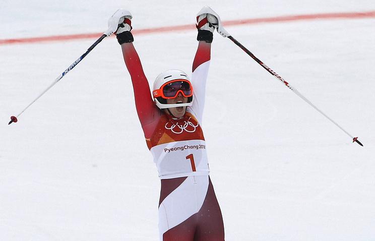 Швейцарская горнолыжница Мишель Жизен завоевала золото вкомбинации наОлимпиаде