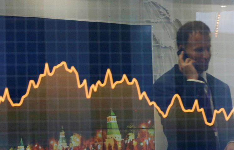 """Минфин выбрал """"ВТБ Капитал"""" банком-агентом по размещению и обмену евробондов в 2018 году"""