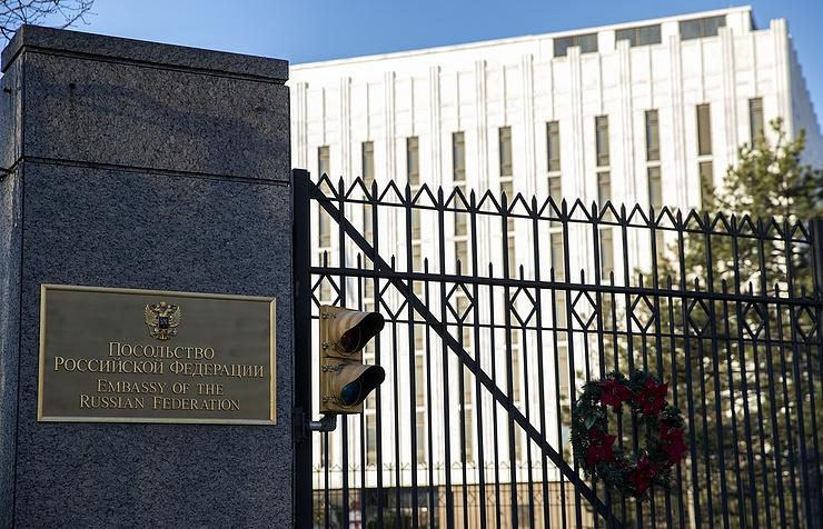 Российская Федерация может прислать замену высланным доэтого 60 дипломатам— Госдеп