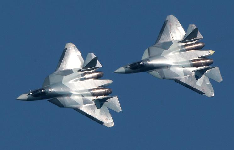 Два новейших истребителя Су-57 пролетят над Красной площадью 9мая