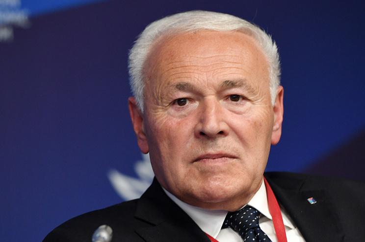 Экс-губернатор Печеный намерен остаться работать в Магаданской области