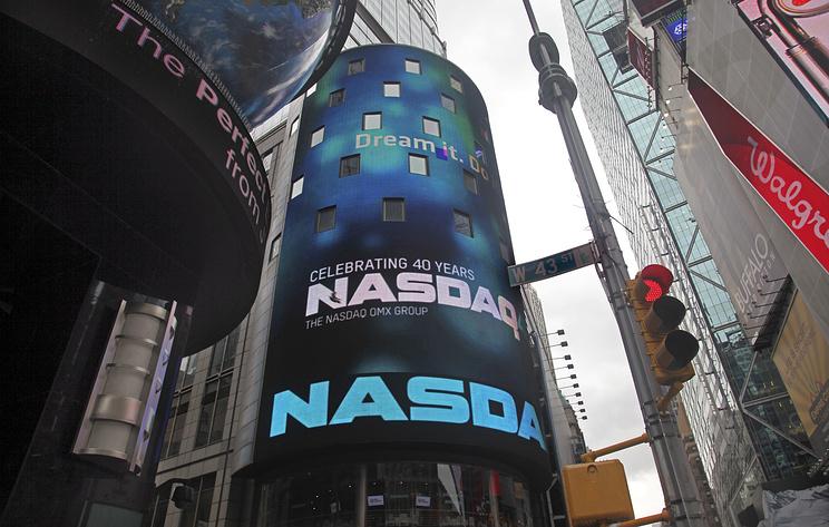 Фондовый индекс Nasdaq Composite впервый раз вистории превысил отметку в8000 пунктов