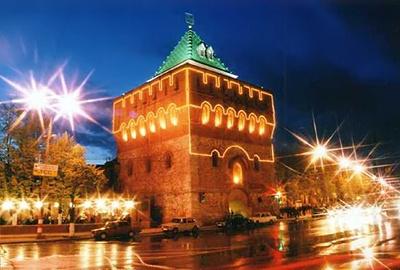 Нижегородский Кремль. Дмитриевская башня. Фото www.novnn.ru