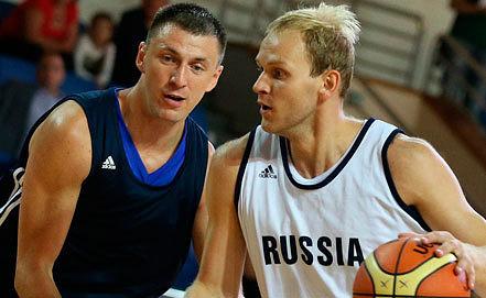 Виталий Фридзон и Антон Понкрашов (слева направо). Фото ИТАР-ТАСС/ Артем Коротаев