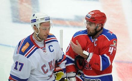 Илья Ковальчук /слева/. Фото ИТАР-ТАСС/Валерий Шарифулин
