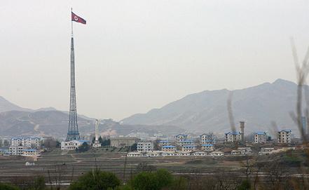 Фото EPA/LEE YONG-HO / POOL