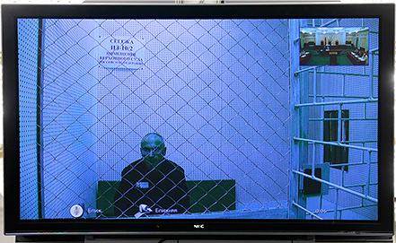 Михаил Ходорковский во время трансляции из зала ВС. Фото ИТАР-ТАСС/ Михаил Метцель