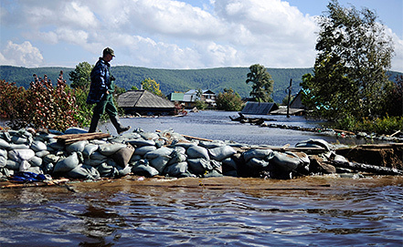 Наводнение в Комсомольске-на-Амуре. Фото ИТАР-ТАСС/ Сергей Бобылев