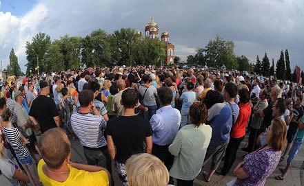 Народный сход в Пугачеве. Июль 2013 года. Фото ИТАР-ТАСС/ Дмитрий Рогулин