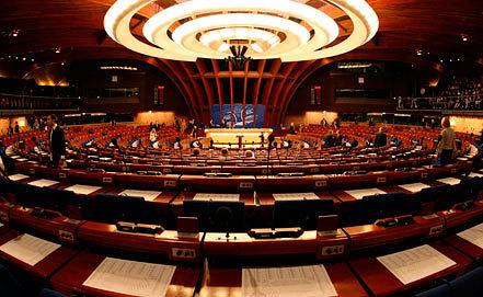 Зал пленарных заседаний Совета Европы. Фото AP /Christian Lutz