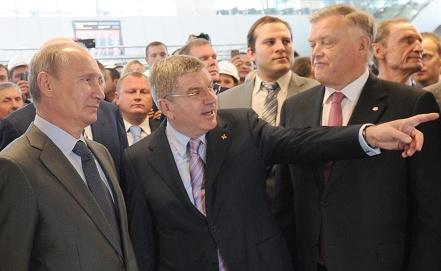 Владимир Путин, Томас Бах и Владимир Якунин. Фото ИТАР-ТАСС/Михаил Климентьев