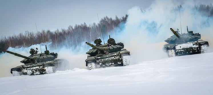 T-72B3 tanks