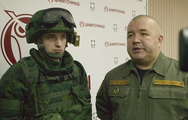 Генеральный директор ЦНИИТОЧМАШ Дмитрий Семизоров (справа)