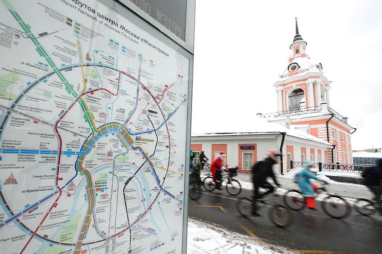 Третий зимний велопарад в Москве